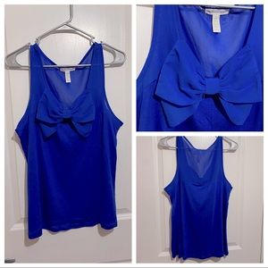 Blue top with bow